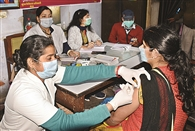 मेगा टीकाकरण अभियान को मिली 70 हजार डोज