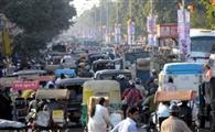 'मनमानी' बढ़ा रही ट्रैफिक की परेशानी