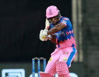 IPL 2021: आखिरी गेंद पर इसलिए छक्का नहीं लगा पाए संजू सैमसन, सामने आई वजह