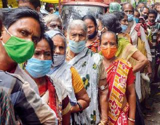 Coronavirus In India : एक दिन में 40,120 नए केस और 585 लोगों की माैत, यहां देखें आंकड़ें