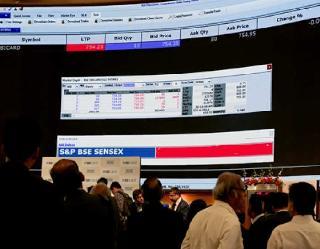 460 अंक उछल कर सेंसेक्स नये शिखर पर, बैंकिंग, IT व मेटल शेयरों में जबरदस्त खरीद
