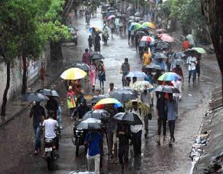 उत्तर प्रदेश सहित उत्तर पश्चिम भारत में होगी भारी बारिश, बंगाल की खाड़ी में चक्रवातीय हलचल व MP में लो प्रेशर