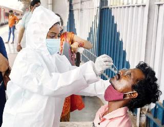 Coronavirus In India : पिछले 24 घंटों में 16,326 नए केस और 666 लोगों की गई जान, माैतों में बड़ा उछाल
