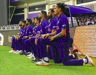 पाकिस्तान के खिलाफ मैच से पहले टीम इंडिया ने क्यों टेके घुटने, कोहली ने बताई सच्चाई