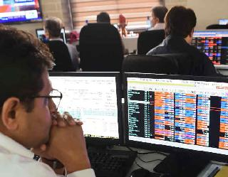 BSE सेंसेक्स 273 अंक फिसल कर बंद, चीनी बाजार में भारी बिकवाली का असर