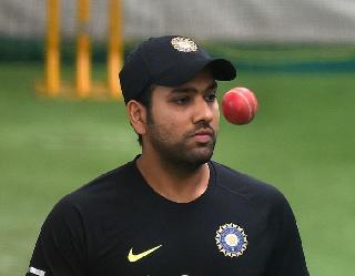 12 साल पहले रोहित शर्मा ने आज ही ली थी हैट्रिक, इन 3 बल्लेबाजों को भेजा था पवेलियन