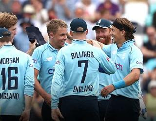 इंग्लैंड की आधी टीम कोरोना पाॅजिटिव, स्टोक्स को बुलाया गया वापस संभालेंगे टीम की कमान