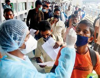 Coronavirus In India : 24 घंटे में 21,257 नए मामले और 271 लोगों की माैत, एक दिन में 24,963 लोग हुए ठीक