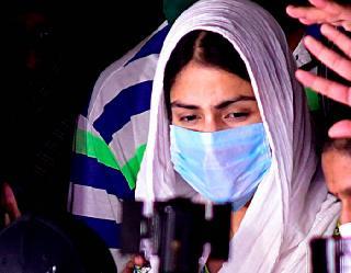 Sushant Singh Rajput death case: ED के सामने खुद को बेगुनाह बताती रही रिया, दिए गोलमोल जवाब