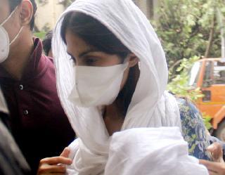 Sushant Singh Rajput death case: CBI ने शुरु की जांच, बिहार पुलिस से कलेक्ट की केस डायरी