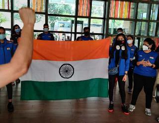 Olympics 2021: ओलंपिक में बिना स्पाॅन्सर किट के खेलने उतरेंगे इंडियन एथलीट, चाइनीज कंपनी को IOA ने हटाया