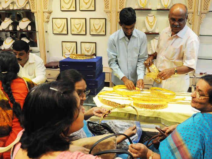 धनतेरस 2019: सोने की खरीदारी का शुभ मुहूर्त,धनत्रयोदशी पर सोना खरीदना इसलिए शुभ