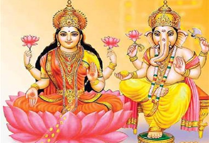 घर में मां लक्ष्मी की मूर्ति गलत तरीके से रखने से हो सकता है बड़ा नुकसान,जानें सही तरीका
