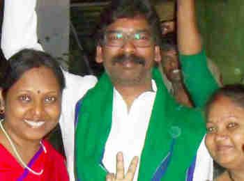 Dumka, Jharkhand Election Result 2019 LIVE Update: हेमंत सोरेन जीते, BJP की लुईस मरांडी 13188 वोटों से हारीं