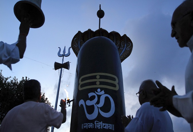 अगर सावन में चाहते हैं सभी पापों से मुक्ति तो लें भगवान शिव का नाम