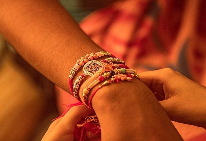 26 अगस्त को रक्षाबंधन पर बन रहा है अद्भुत संयोग,जानें शुभ मुहूर्त और पूजा विधि